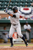 Tampa Yankees second baseman Angelo Gumbs (21) during a game against the Lakeland Flying Tigers on April 3, 2014 at Joker Marchant Stadium in Lakeland, Florida.  Tampa defeated Lakeland 4-0.  (Mike Janes/Four Seam Images)