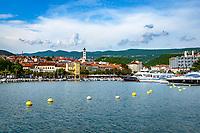 Croatia, Kvarner Gulf, Crikvenica: harbour, steeple of church St Anton in background | Kroatien, Kvarner Bucht, Crikvenica: der Hafen ueberragt vom Turm der Kirche St. Anton