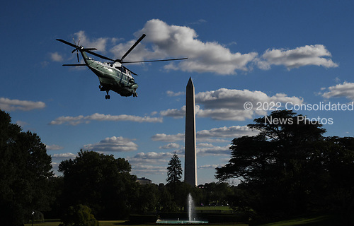 U.S. President Donald Trump onboard Marine One departs the White House, on October 13, 2018 in Washington, DC. President Trump is traveling to Kentucky.<br /> Credit: Olivier Douliery / Pool via CNP