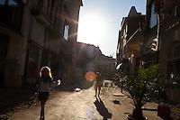 ROMANIA / Bucharest / © Davin Ellicson / Anzenberger