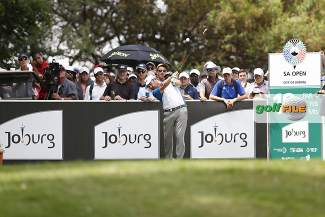 Louis Oosthuizen (RSA) on the 18th tee during the final round of the SA Open, Randpark Golf Club, Johannesburg, Gauteng, South Africa. 8/12/18<br /> Picture: Golffile | Tyrone Winfield<br /> <br /> <br /> All photo usage must carry mandatory copyright credit (© Golffile | Tyrone Winfield)