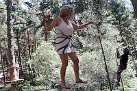 El musico, cantante y compositor Teo Cardalda y su mujer la cantante Maria Monsonis, componentes del grupo musical Complices, durante una vista junto a familiares y amigos al Parque Aventura Amazonia de Cercedilla, Madrid.2 de Agosto de 2012..(Alterphotos/Acero) /NortePhoto.com<br />  <br /> **CREDITO*OBLIGATORIO** *No*Venta*A*Terceros*<br /> *No*Sale*So*third* ***No*Se*Permite*Hacer Archivo***No*Sale*So*third*