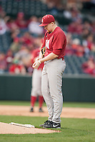Alabama Crimson Tide pitcher Spencer Turnbull (32) steps up to the mound before pitching at Baum Stadium during the NCAA baseball game against the Arkansas Razorbacks on March 21, 2014 in Fayetteville, Arkansas.  The Alabama Crimson Tide defeated the Arkansas Razorbacks 17-9.  (William Purnell/Four Seam Images)