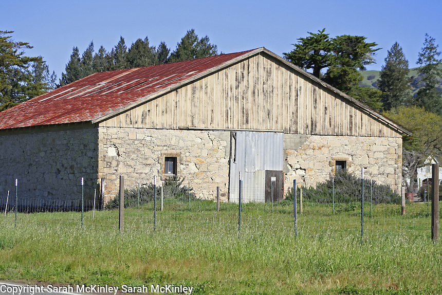 A stone barn on Highway 128 between Geyserville and Calistoga in Napa County in Northern California.