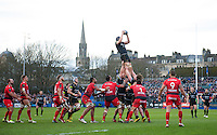 Charlie Ewels of Bath Rugby wins the ball at a lineout. European Rugby Champions Cup match, between Bath Rugby and RC Toulon on January 23, 2016 at the Recreation Ground in Bath, England. Photo by: Patrick Khachfe / Onside Images