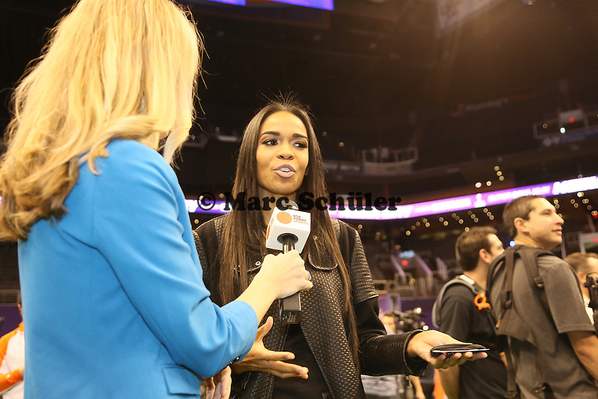 Kelly Rowland (Destiony's Child) im Interview beim Media Day - Super Bowl XLIX Media Day, US Airways Center, Phoenix