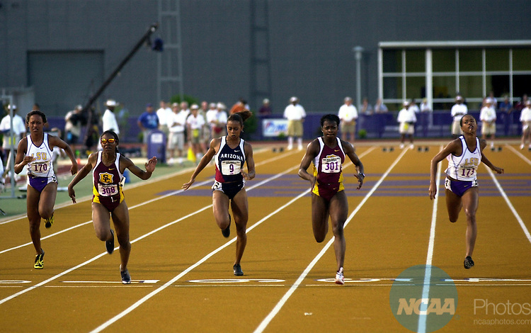 01 JUN  2002: Angela Williams (308) of USC edges out the competition during the Division 1 Men's and Women's Track and Field Championship held at Bernie Moore Stadium on the LSU campus in Baton Rouge, LA. Williams won the race with a time of 11.29. Stephen Nowland/NCAA Photos
