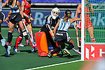 The Hague, Netherlands, June 08: Carla Rebecchi #11 of Argentina celebrates after scoring the winning goal during the field hockey group match (Women - Group B) between England and Argentina on June 8, 2014 during the World Cup 2014 at Kyocera Stadium in The Hague, Netherlands. Final score 1-2 (1-1)  (Photo by Dirk Markgraf / www.265-images.com) *** Local caption *** Carla Rebecchi #11 of Argentina, Maddie Hinch #1 of England