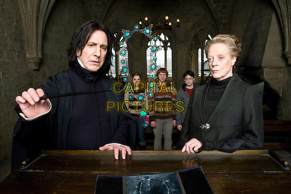 ALAN RICKMAN, EMMA WATSON, RUPERT GRINT, DANIEL RADCLIFFE &  MAGGIE SMITH.in Harry Potter and the Half-Blood Prince.*Filmstill - Editorial Use Only*.CAP/FB.Supplied by Capital Pictures.