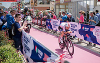European TT champion & World Hour Record holder Victor Campenaerts (BEL/Lotto-Soudal) starts his stage early & will set the first reference time in the race. He will stay in the hot seat for a long time as only Rogliz will eventually better his time...<br /> <br /> Stage 9 (ITT): Riccione to San Marino (34.7km)<br /> 102nd Giro d'Italia 2019<br /> <br /> ©kramon