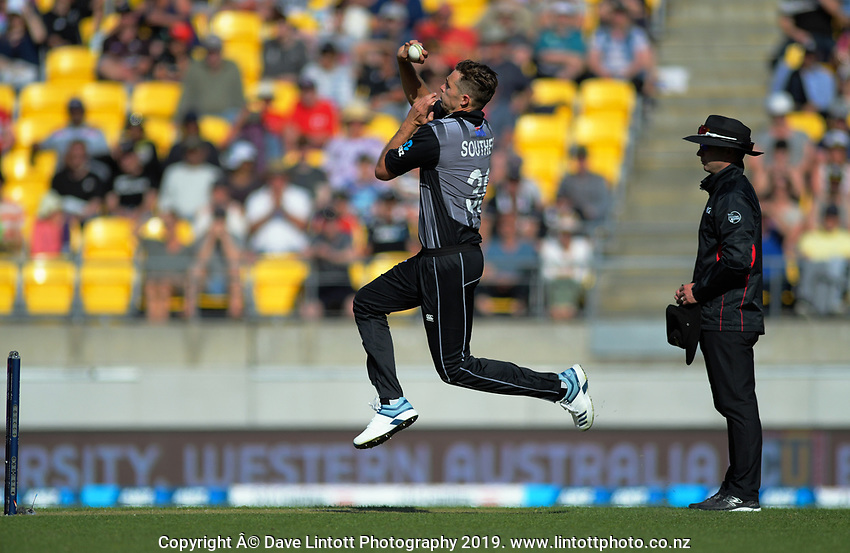 Twenty20 International cricket match between NZ Black Caps and England at Westpac Stadium in Wellington, New Zealand on Sunday, 3 November 2019. Photo: Dave Lintott / lintottphoto.co.nz