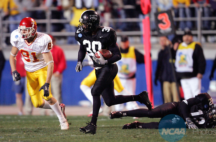 11 DEC 2004:  Cornerback Terrence Bell (30) of Valdosta State University intercepts a pass to clinch the victory over Pittsburg State University during the Division II Men's Football Championship held at Braly Municipal Stadium in Florence, AL.  Valdosta State defeated Pittsburg State 36-31 for the national title.  Jamie Schwaberow/NCAA Photos