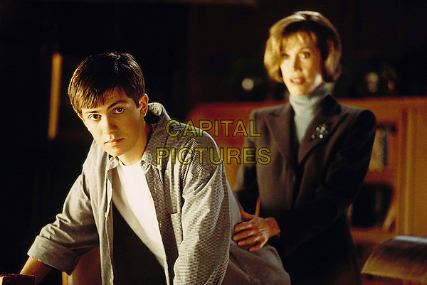 CHEATERS                    2002.TREVOR FEHRMAN.MARY TYLER MOORE.Filmstill - Editorial Use Only.Ref: FB.sales@capitalpictures.com.www.capitalpictures.com.Supplied by Capital Pictures.