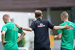 05.07.2019, Parkstadion, Zell am Ziller, AUT, TL Werder Bremen - Tag 01<br /> <br /> im Bild / picture shows <br /> <br /> <br /> Florian Kohfeldt (Trainer SV Werder Bremen)<br /> Gestik, Mimik,<br /> Einzelaktion, Halbkörper / Halbkoerper,<br /> Davy Klaassen (Werder Bremen #30)<br /> Felix Beijmo (Werder Bremen #02)<br /> <br /> Foto © nordphoto / Kokenge