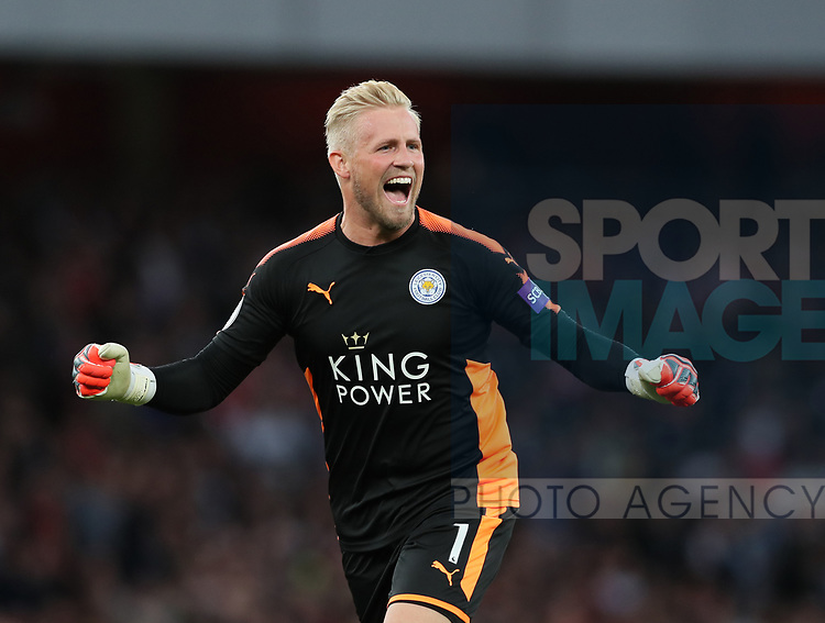 Leicester's Kasper Schmeichel celebrates his sides second goal during the premier league match at the Emirates Stadium, London. Picture date 11th August 2017. Picture credit should read: David Klein/Sportimage