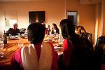 l'association le gout de l'autre s'occupe de rencontre d'organiser chaque dernier jeudi du mois un diner, réunissant autour d'une même table 7 migrants et 7 français. Le repas est préparé par un migrants et un français