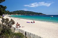 France, Provence-Alpes-Côte d'Azur, near Cavalaire-sur-Mer: Cavaliere Plage | Frankreich, Provence-Alpes-Côte d'Azur, bei Cavalaire-sur-Mer: Cavaliere Strand