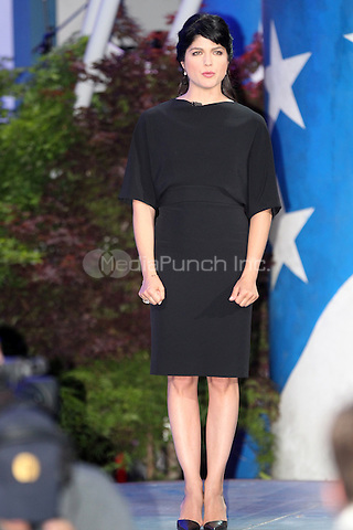 Actress Selma Blair speaks during the rehersals for the Memorial Day Concert on the grounds of the U.S Capitol MPI34 / Mediapunchinc
