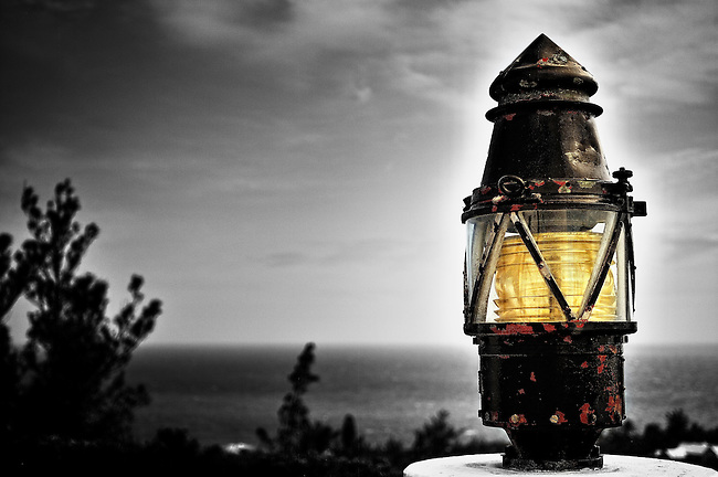 Lantern overlooking the sea by Gibb's Hill lighthouse, Bermuda