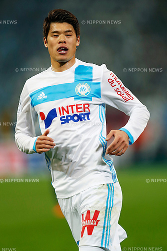 "Hiroki Sakai (Marseille), FEBRUARY 26, 2017 - Football / Soccer : French ""Ligue 1"" match between Olympique de Marseille 1-5 Paris Saint-Germain at Velodrome stadium in Marseille, France. (Photo by D.Nakashima/AFLO)"