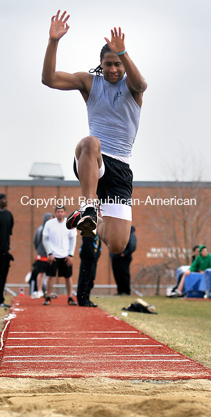 WATERTOWN, CT- 05 APRIL 2007 -040507JW03.jpg -- Wilby track Dwayne Bennett competes in the long jump event at Watertown High school. Jonathan Wilcox Republican-American