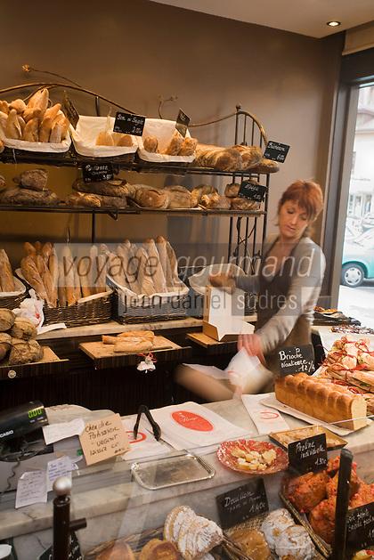 """Europe/France/Rhône-Alpes/74/Haute-Savoie/Annecy:  la boulangerie """"Maison Rouge"""""""