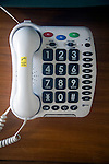 Telephone with large display numbers