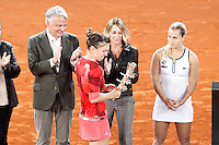 Simona Halep, Roumania, celebrates the victory in the Madrid Open Tennis 2016 Final match with the Nadia Elena Comaneci, former Romanian gymnast in presence of Slovakia's Dominika Cibulkova, Finalist .May, 7, 2016.(ALTERPHOTOS/Acero)a /NortePhoto.com