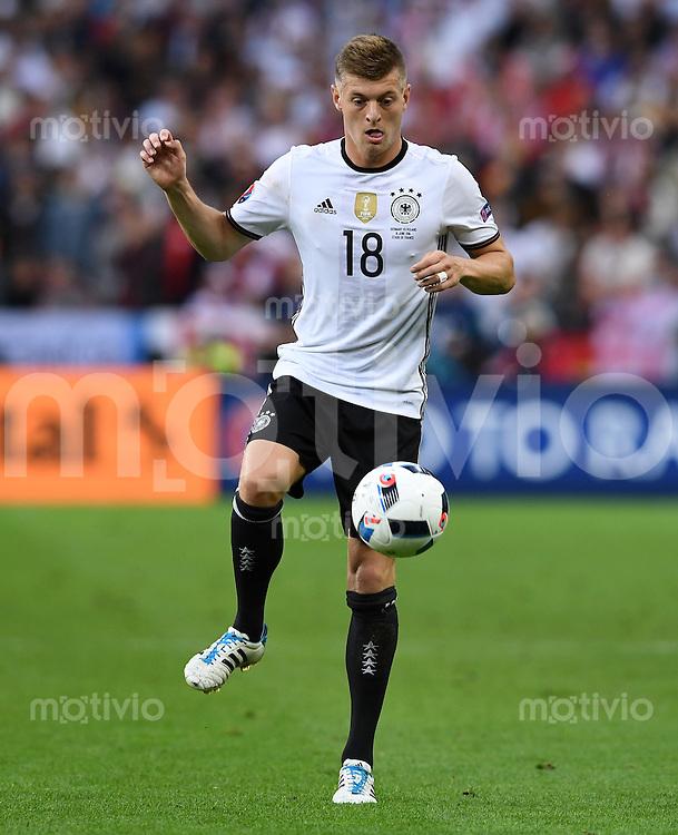 FUSSBALL EURO 2016 GRUPPE C IN PARIS Deutschland - Polen    16.06.2016 Toni Kroos (Deutschland)