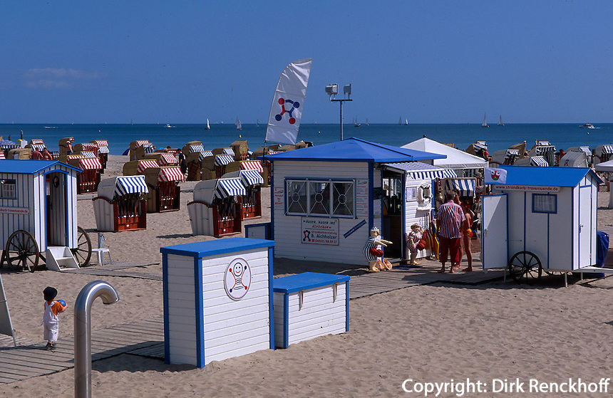 Deutschland.  Strand von Travemünde