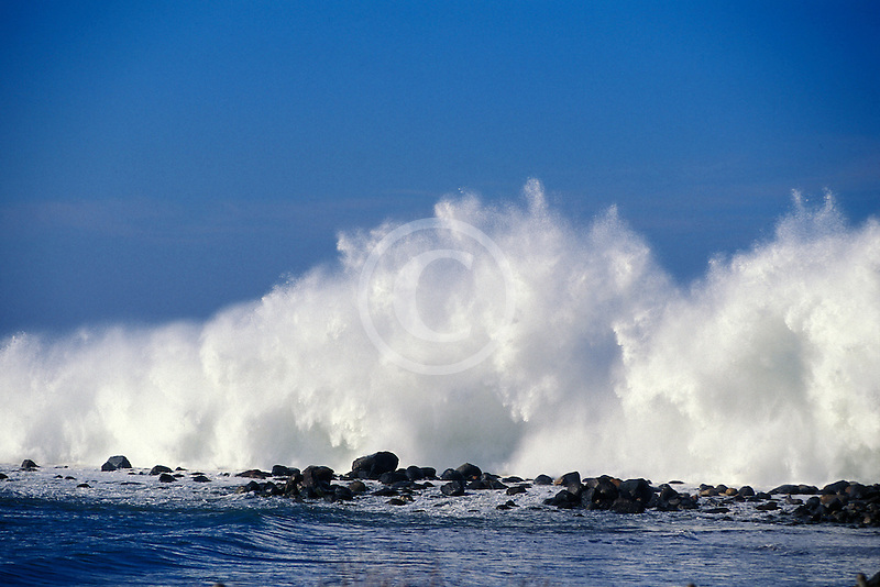 California, San Luis Obispo County, Heavy surf, Morro Bay
