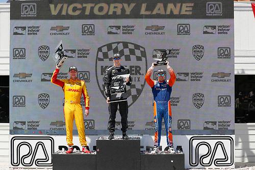 Ryan Hunter-Reay, Andretti Autosport Honda, Josef Newgarden, Team Penske Chevrolet, Scott Dixon, Chip Ganassi Racing Honda, podium