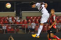 SÃO PAULO, SP, 16 DE FEVEREIRO DE 2013 - CAMPEONATO PAULISTA - SÃO PAULO x ITUANO: Ganso cabeceia para marcar o terceiro gol durante partida São Paulo x Ituano, válida pela 8ª rodada do Campeonato Paulista de 2013, disputada no estádio do Morumbi em São Paulo. FOTO: LEVI BIANCO - BRAZIL PHOTO PRESS.