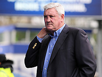 Sheffield Wednesday manager Steve Bruce looks on before kick off<br /> <br /> Photographer David Shipman/CameraSport<br /> <br /> The EFL Sky Bet Championship - Sheffield Wednesday v Blackburn Rovers - Saturday 16th March 2019 - Hillsborough - Sheffield<br /> <br /> World Copyright &copy; 2019 CameraSport. All rights reserved. 43 Linden Ave. Countesthorpe. Leicester. England. LE8 5PG - Tel: +44 (0) 116 277 4147 - admin@camerasport.com - www.camerasport.com