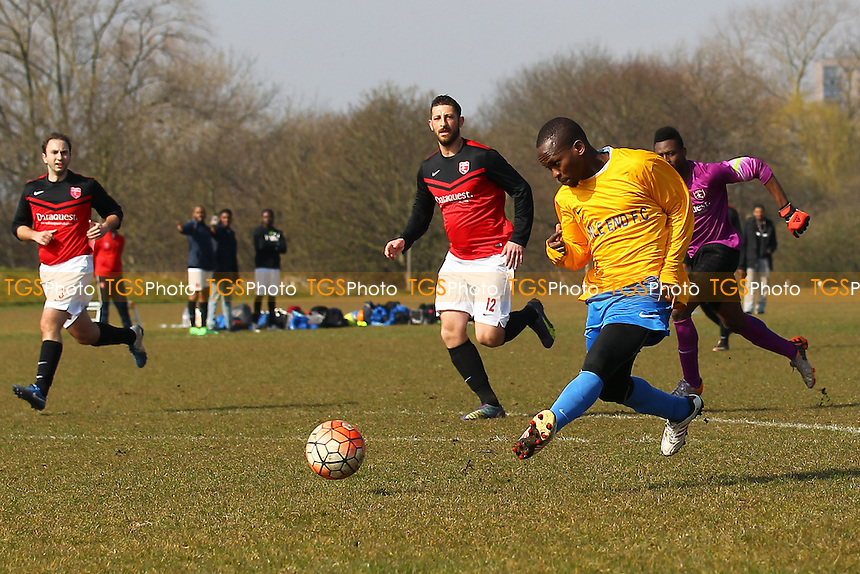 Mile End score their second goal during Highfield (red/black) vs Mile End, Hackney & Leyton Sunday League Jack Walpole Cup Football at Hackney Marshes on 3rd April 2016
