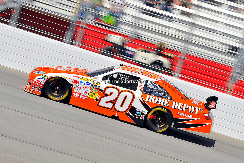 Mar 08, 2009; 1:38:44 PM; Hampton, GA, USA; NASCAR Sprint Cup Series race for the Kobalt Tools 500 at the Atlanta Motor Speedway.  Mandatory Credit: (thesportswire.net)
