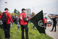 Ca. 1000 Nazis aus ganz Deutschland marschierten am Sonntag den 1. Mai 2016 im Saeschsichen Plauen auf. Die Naziorganisation 3.Weg hatte den Marsch angemeldet. Etliche Nazis waren dabei vermummt und zeigten auch den Hitlergruss, die Polizei schritt jedoch nicht ein.<br /> Nach der Haelfte der Marschroute beendeten die Nazis ihre Demonstration, da die Polizei die Marschroute verkuerzen wollte. Sie forderten die Polizei auf den Weg freizugeben. Danach griffen Aufmarschteilnehmer die Polizei an, die daraufhin Wasserwerfer, Pfefferspray, Traenengas und Schlagstoecke einsetzte. Mehrere Gruppen Nazis zogen danach durch Plauen und jagten Menschen.<br /> Nach einer Stunde bekamen die Nazis einen erneuten Aufmarsch von der Polizei genehmigt und zogen zurueck zum Bahnhof.<br /> 1.5.2016, Plauen<br /> Copyright: Christian-Ditsch.de<br /> [Inhaltsveraendernde Manipulation des Fotos nur nach ausdruecklicher Genehmigung des Fotografen. Vereinbarungen ueber Abtretung von Persoenlichkeitsrechten/Model Release der abgebildeten Person/Personen liegen nicht vor. NO MODEL RELEASE! Nur fuer Redaktionelle Zwecke. Don't publish without copyright Christian-Ditsch.de, Veroeffentlichung nur mit Fotografennennung, sowie gegen Honorar, MwSt. und Beleg. Konto: I N G - D i B a, IBAN DE58500105175400192269, BIC INGDDEFFXXX, Kontakt: post@christian-ditsch.de<br /> Bei der Bearbeitung der Dateiinformationen darf die Urheberkennzeichnung in den EXIF- und  IPTC-Daten nicht entfernt werden, diese sind in digitalen Medien nach §95c UrhG rechtlich geschuetzt. Der Urhebervermerk wird gemaess §13 UrhG verlangt.]