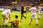 11.05.2019, Signal Iduna Park, Dortmund, GER, 1.FBL, Borussia Dortmund vs Fortuna Düsseldorf, DFL REGULATIONS PROHIBIT ANY USE OF PHOTOGRAPHS AS IMAGE SEQUENCES AND/OR QUASI-VIDEO<br /> <br /> im Bild | picture shows:<br /> Schiedsrichter | Referee Tobias Stieler hat alles im Blick, <br /> <br /> Foto © nordphoto / Rauch