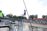 FIERLJEPPEN: IJLST: 05-08-2015, Winnaar bij de junioren Sytse Bokma, ©foto Martin de Jong