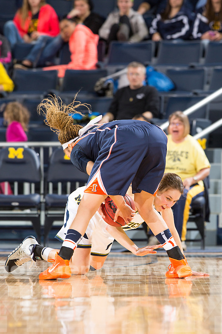 The University of Michigan women's basketball team defeats Illinois, 69-60, at Crisler Center in Ann Arbor, Mich. on January 18, 2014.