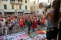 14 Agosto 2019, La Spezia, contestazione al comizio di Matteo Salvini contro la sua politica anti migranti.<br /> August 14, 2019, La Spezia, protest against Matteo Salvini's political meeting.