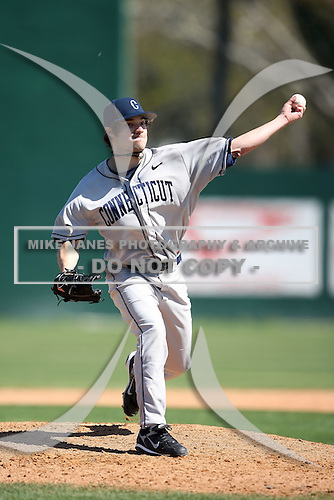 February 20, 2009:  Pitcher Dennis Accomando (44) of the University of Connecticut during the Big East-Big Ten Challenge at Jack Russell Stadium in Clearwater, FL.  Photo by:  Mike Janes/Four Seam Images