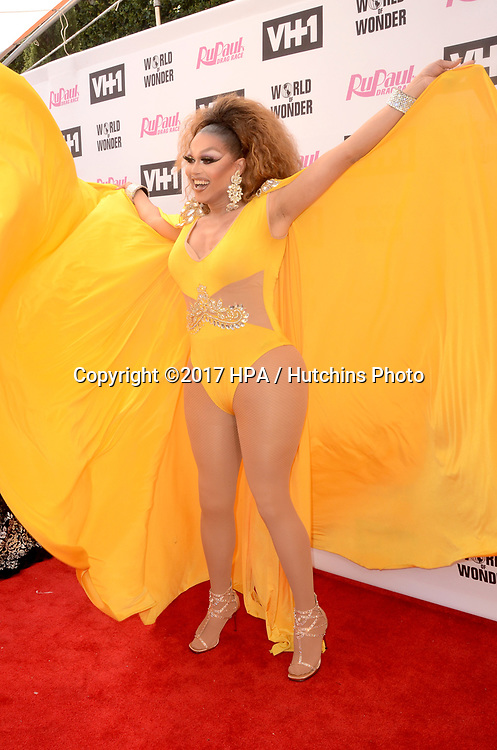 LOS ANGELES - JUN 9:  Mariah Balenciaga at the RuPauls Drag Race Season 9 Finale Taping at the Alex Theater on June 9, 2017 in Glendale, CA