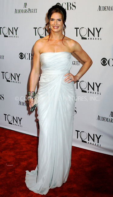 WWW.ACEPIXS.COM . . . . .  ....June 12 2011, New York City....Brooke Shields arriving at the 65th Annual Tony Awards at the Beacon Theatre on June 12, 2011 in New York City.....Please byline: NANCY RIVERA- ACEPIXS.COM.... *** ***..Ace Pictures, Inc:  ..Tel: 646 769 0430..e-mail: info@acepixs.com..web: http://www.acepixs.com