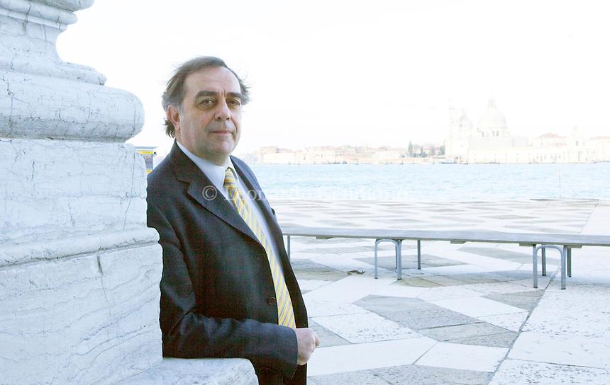Mariano Settembri, direttore di Lampi di stampa, Gruppo Messaggerie italiane. 2011, Venezia.  © Leonardo Cendamo