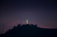 CALI - COLOMBIA, 05-01-2017: Atardecer sobre Cristo Rery en el oeste de Cali. / Sunset over Cristo Rey in western Cali Cali. Photo: VizzorImage/ Gabriel Aponte / Staff