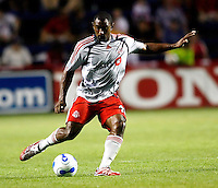 Toronto FC midfielder Marvell Wynne (16) sends in a cross.  The Chicago Fire tied Toronto FC 1-1 at Toyota Park in Bridgeview, IL on July 7, 2007.