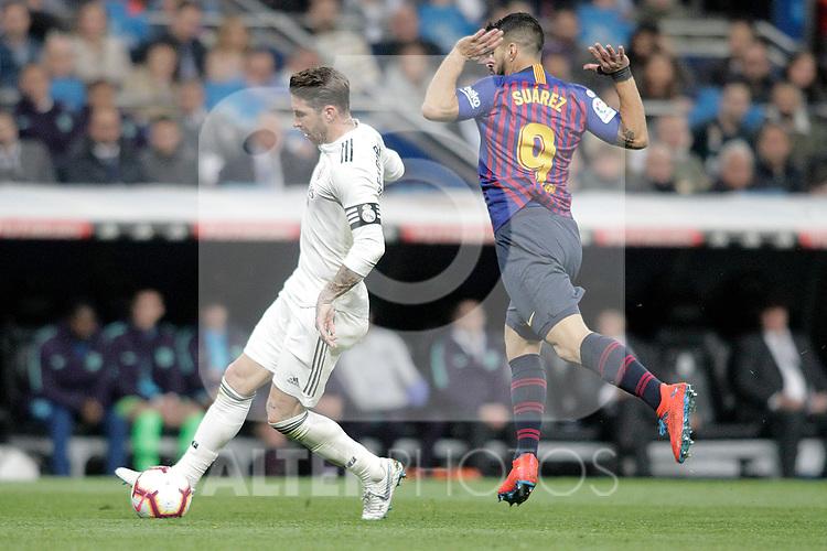 Real Madrid CF's Sergio Ramosand FC Barcelona's Luis Suarez during La Liga match. March 02,2019. (ALTERPHOTOS/Alconada)