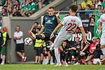 20.07.2018, Parkstadion, Zell am Ziller, AUT, FSP, 1.FBL, SV Werder Bremen (GER) vs 1. FC Koeln (GER)<br /> <br /> im Bild<br /> Maximilian Eggestein (Werder Bremen #35) im Duell / im Zweikampf mit Jorge Meré / Mere (Koeln #22). <br /> <br /> Foto © nordphoto / Ewert