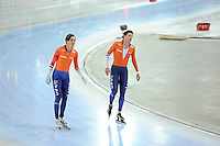 SPEED SKATING: HAMAR: Vikingskipet, 05-03-2017, ISU World Championship Allround, 10.000m Men, Patrick Roest (NED), World Champion Sven Kramer (NED), ©photo Martin de Jong